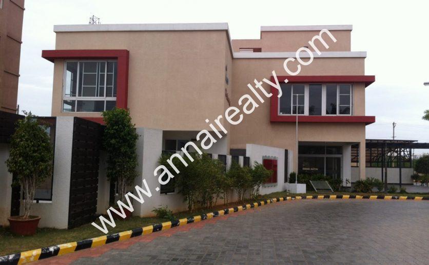 Club-House-Side-View-1024x764
